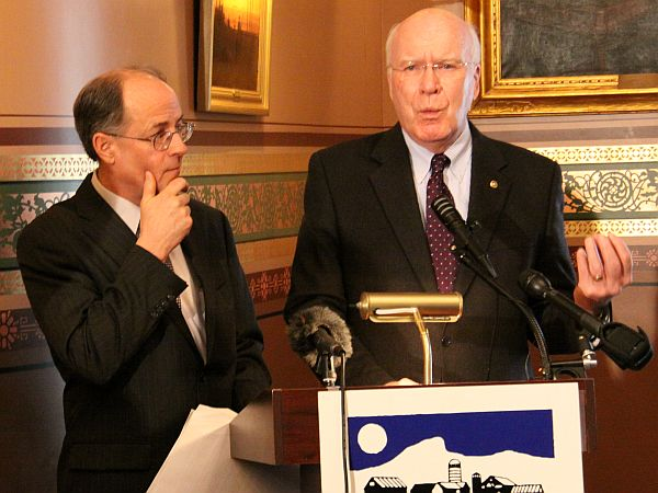 Sen. Patrick Leahy and Paul Costello, the Executive Director of the Vermont Council on Rural Development, announce federal funding for projects designed to bolster towns' digital networks.